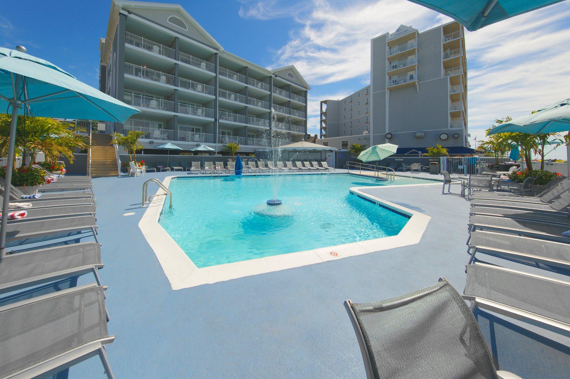 Commander Hotel Pool