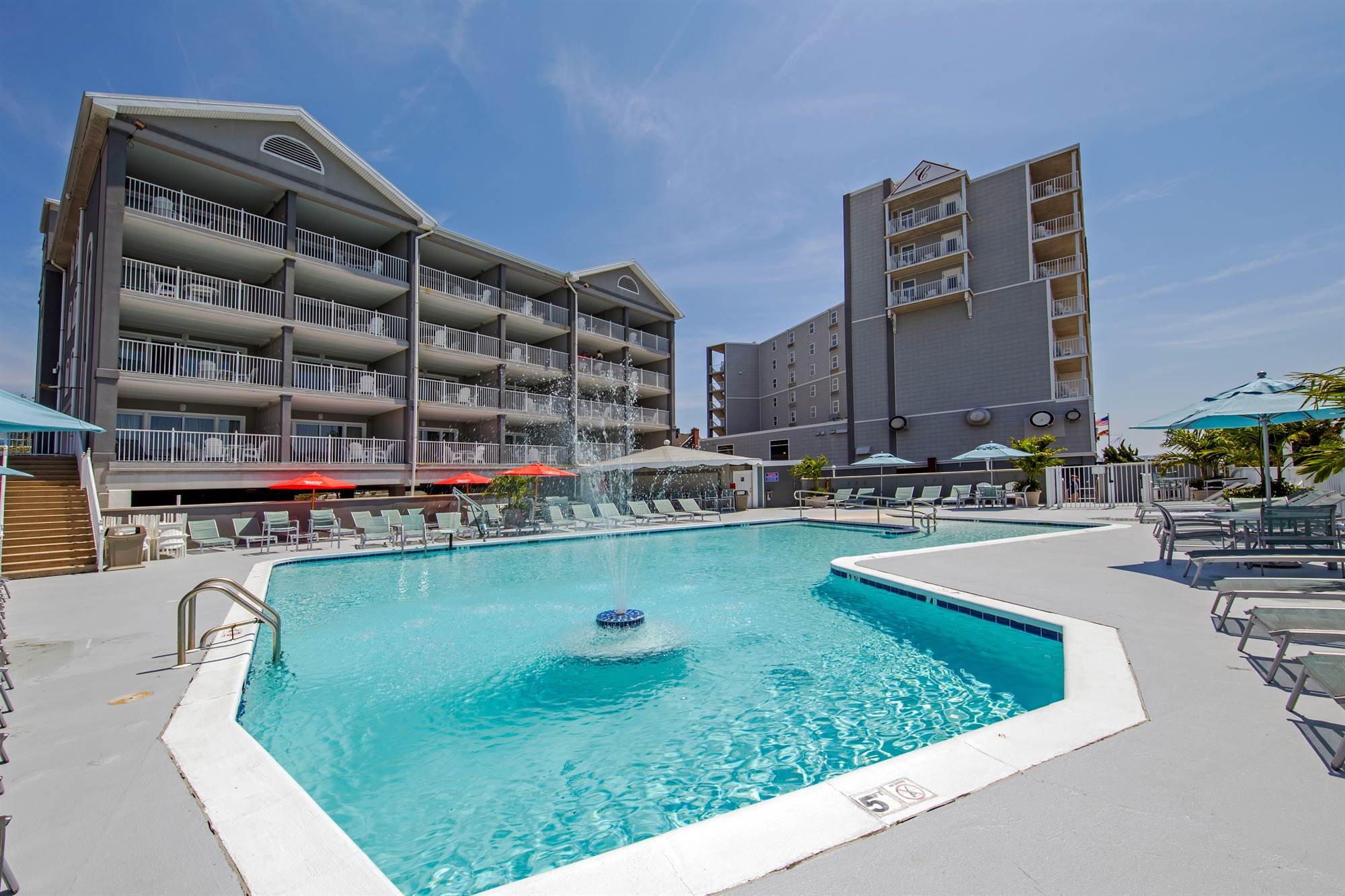 Commander Hotel in Ocean City Outdoor Pool